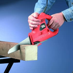 powered hand saws